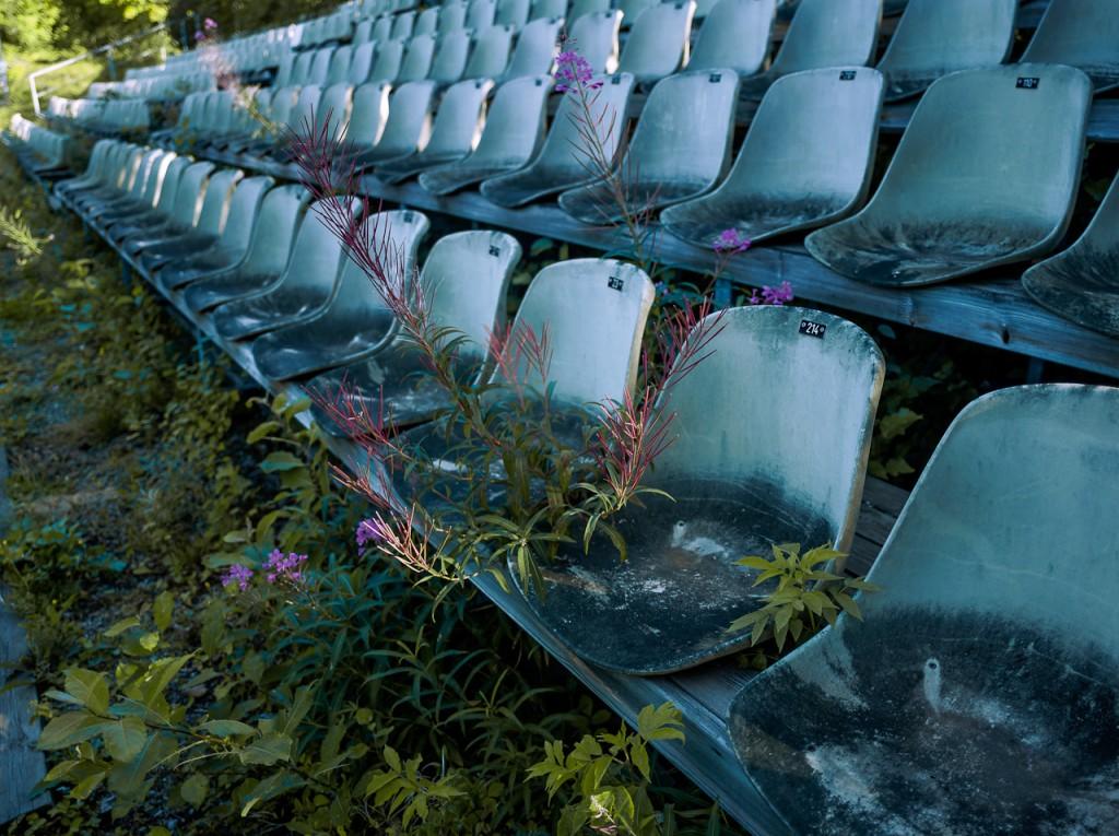 seatingDeHart